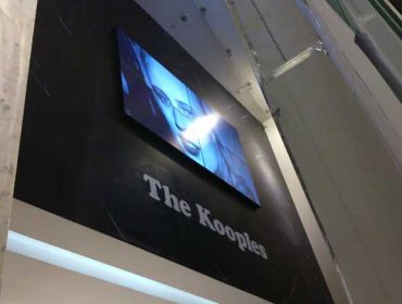 point of purchase digital signage Video Wall Westfield United Kingdom